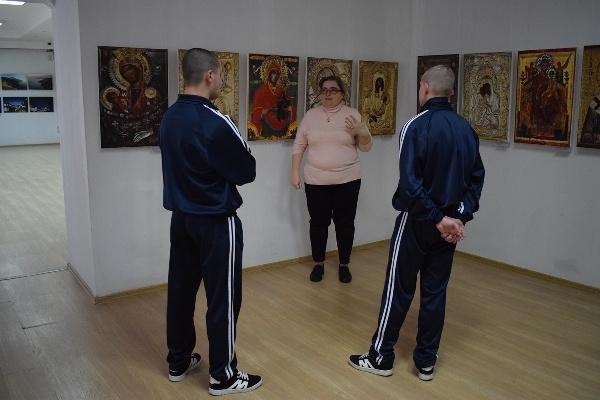 Воспитанники Брянской ВК посетили фотовыставку «Наш Афон»