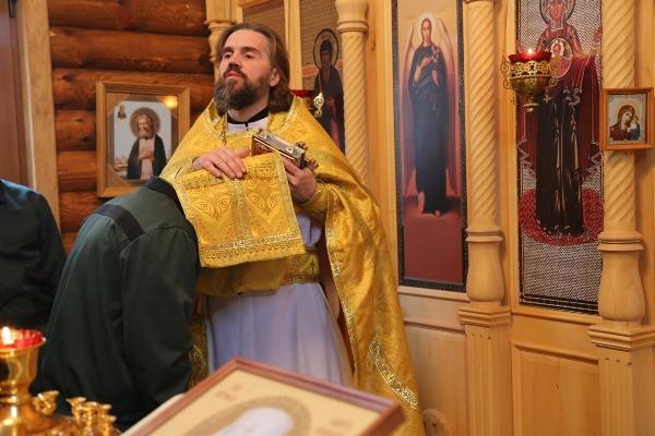 В Брянской воспитательной колонии прошла праздничная литургия в честь святителя Филарета Московского